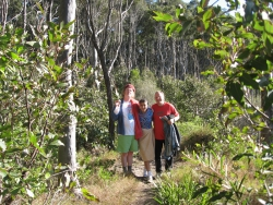 Mark, Iva & rob, Lillipilli May '08